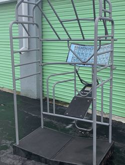 True Stretch Cage for Sale in Fort Lauderdale,  FL
