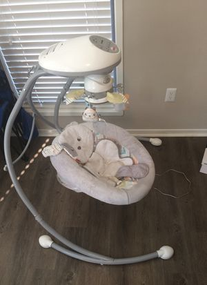 Baby swing for Sale in Mableton, GA