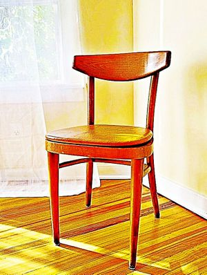 Wooden Shelby Williams Industries MCM chairs (4) with leather seat cushion. for Sale in Lutherville-Timonium, MD