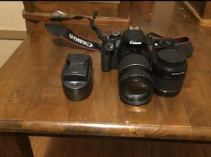 Canon t4i with 2 lenses for Sale in Detroit, MI