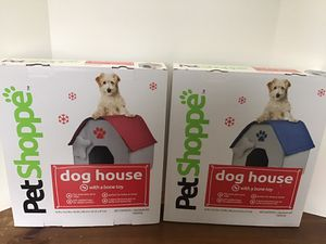 """Dog House with Bone Toy 16""""x16.5""""x18.5"""" 3pc. Easily set up stores flat padded base 10lbs pet New in box 15 each for Sale in St. Louis, MO"""
