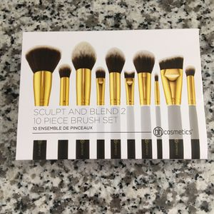 Sculpt And Blend 2 10 Piece Brush Set (New) for Sale in Leona Valley, CA