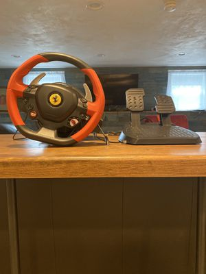 Thrustmaster ferrari 458 spider wheel and pedals for xbox one for Sale in North Reading, MA