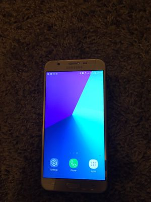 Samsung galaxy j7 prime gold for Sale in College Park, GA