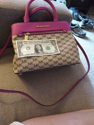 Michael Kors handbag & matching wallet for Sale in Lumberton, NC