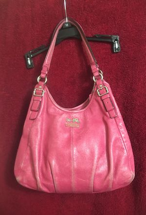 Bright pink Coach bag for Sale in Gresham, OR