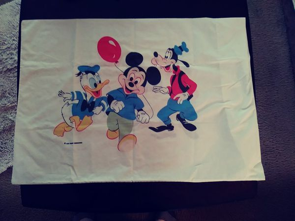 2 Vintage Mickey Mouse Donald Duck Disney. Pillowcases