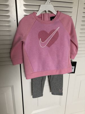 Nike set toddler size 18 months for Sale in Hollywood, FL