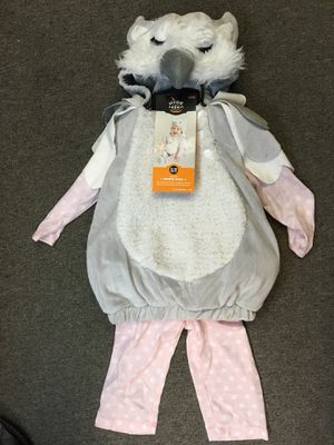 New snow owl 5 piece infant 0/6 month costume - fits newborn, 0/3 month, 3 month and 3/6 month for Sale in Stickney, IL