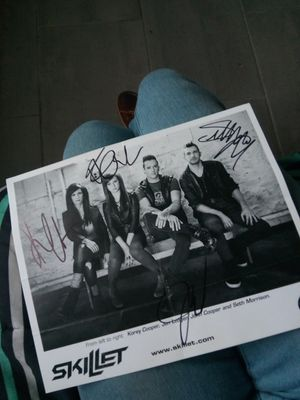 Signed Skillet Picture for Sale in Tampa, FL