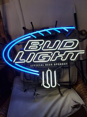 Neon sign Bud Light for Sale in Del Valle, TX