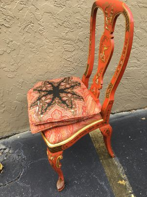 Antique red enamel chair. Unique detail on back & legs. for Sale in Lake Worth, FL