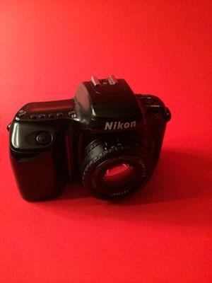 Nikon n50 35 mm camera for Sale in Hialeah, FL