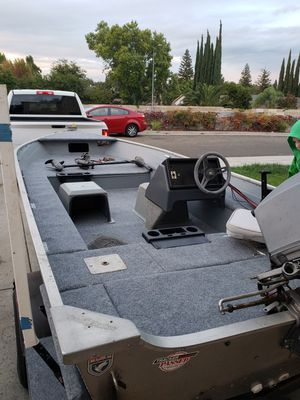 16ft bass tracker 1987 for Sale in Sacramento, CA