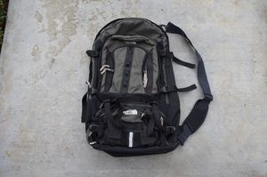 The North Face Hiking Daypack Backpack Duffel Large for Sale in Irvine, CA