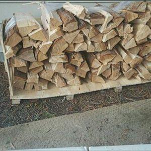 Cedar Firewood Bundles for Sale in Lynnwood, WA