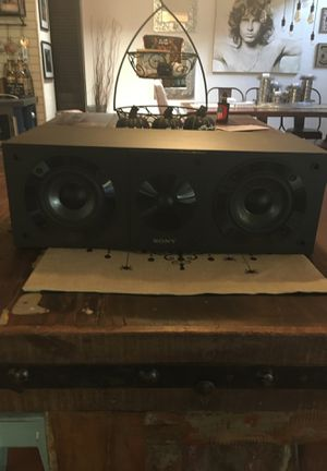 Sony SS-CS8 Center Channel Speaker mint for Sale in Phoenix, AZ