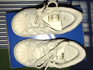 Adidas 9c for Sale in Detroit, MI