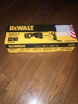 Dewalt saw saws for Sale in The Bronx, NY