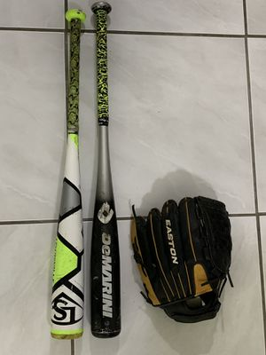 Baseball bats and glove for Sale in Hollywood, FL