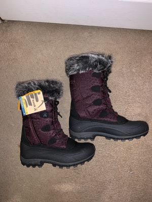 Kamik Momentum Boots Size 7 women's. for Sale in Newark, DE