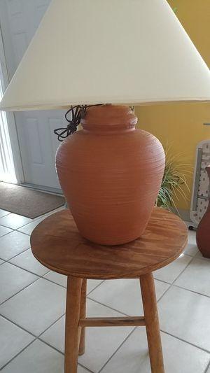Earth tone lamp for Sale in Pembroke Pines, FL