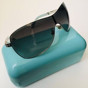 TIFFANY & Co Sunglasses Unisex $499 for Sale in Los Angeles, CA