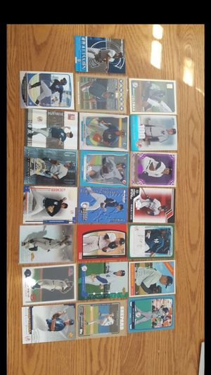 45 Serial-Numbered New York Yankees Cards for Sale in Windsor Hills, CA