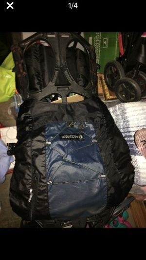 Frame pack components Outdoor backpack. Used 1 time paid 325.00 for it new . Sell 50.00 for Sale in Wichita, KS
