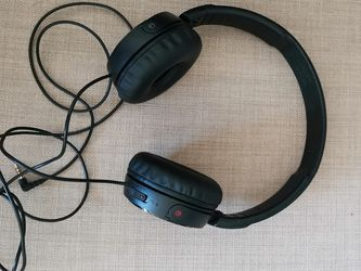 Sony headphone noise cancelling for Sale in Fairfax,  VA