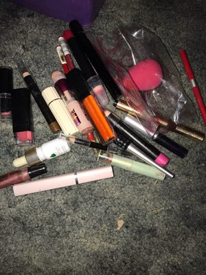 Makeup for Sale in San Bernardino, CA