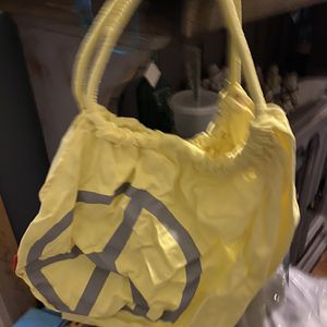New peace love world bag for Sale in Los Angeles, CA