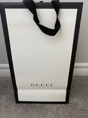 Gucci shopping bag for Sale in Las Vegas, NV