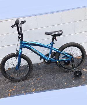 "Huffy 18"" boy's bike, metallic blue, with optional training wheels for Sale in Aloma, FL"