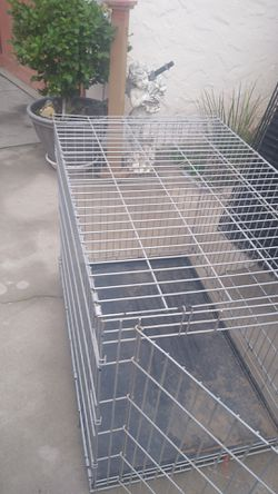 Dog kennel 41 in Long by 31 tall big dog House kennel good condition for Sale in Fresno,  CA