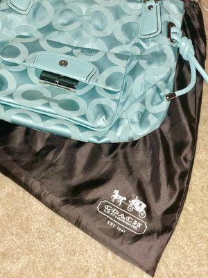Coach Bag for Sale in MAGNOLIA SQUARE, FL