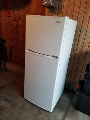 Danby Refrigerator for Sale in Covina, CA