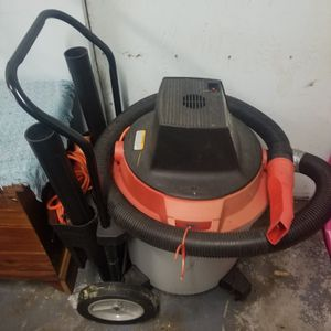 Large Rolling Shop Vac for Sale in Everett, WA