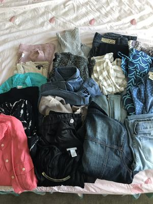 Bundle / lot of women's clothing for Sale in Dallas, TX