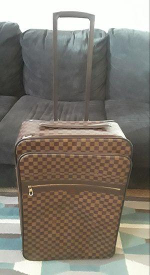 Louis Vuitton auténtic suitcase for Sale in UNIVERSITY PA, MD