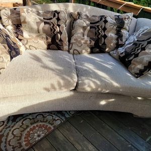 Free Sofa Set for Sale in Gresham, OR