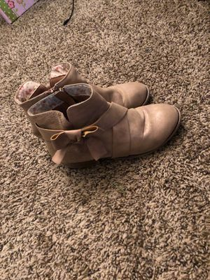 Girls boots size 4 for Sale in Riverside, CA