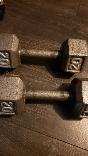 Cast iron pair of dumbbells, 20 lbs each for Sale in Miramar, FL