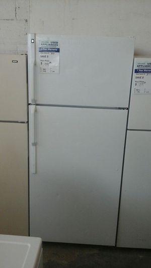 White GE topmount refrigerator for Sale in Denver, CO