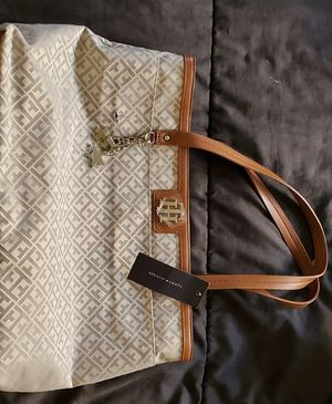New Tote Bag Tommy Hilfiger for Sale in Costa Mesa, CA