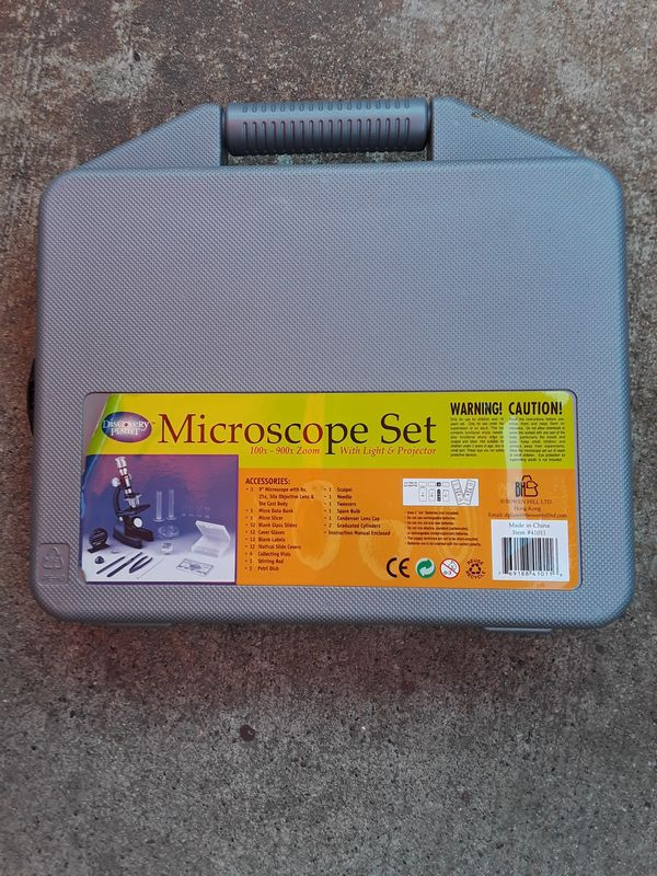 MICROSCOPE Set 100x-900xZoom with Light & projector