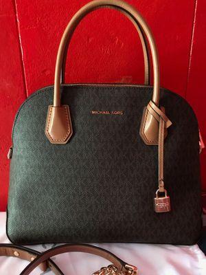 Authentic Michael Kors purse for Sale in San Antonio, TX
