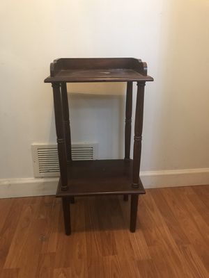 Entry shelf or small shelf for Sale in Schaumburg, IL