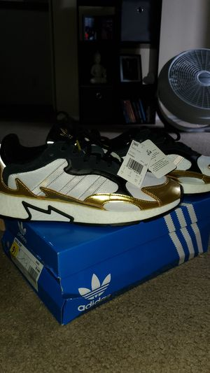 Tresc Run Adidas SIZE 9.5 BRAND NEW WITH TAGS for Sale in Fontana, CA