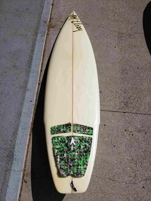 6'1 like new Chris McElroy shortboard surfboard for Sale in Lake Forest, CA